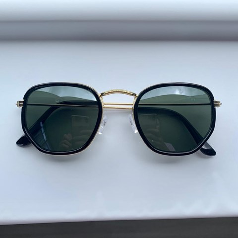 Óculos de Sol Hexagonal Flex