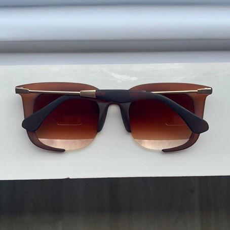 Óculos de Sol Quadrado Flávia