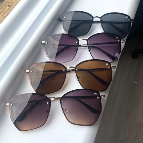 Óculos de Sol Quadrado Talita