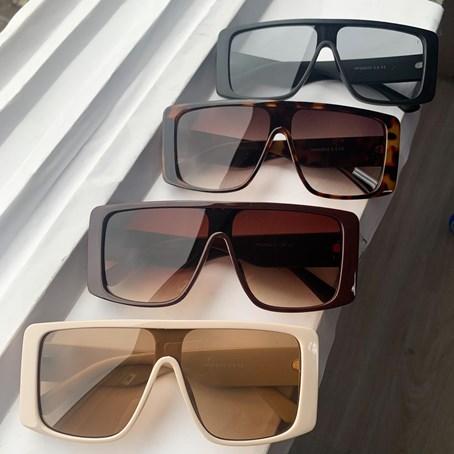 Óculos de Sol Retangular Michigan